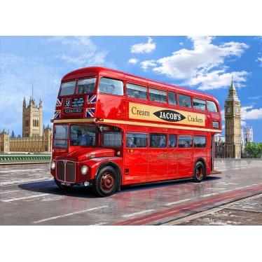 Revell 1/24 London Bus AEC Routemaster Model Kit 07651
