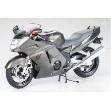 Tamiya 14070 Honda CBR 1100XX S.Blackbird 1/12