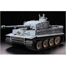 Tamiya 56010 German Tiger Tank 1 w/Option Kit RC Scale 1/16
