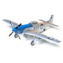 TAMIYA 61040 N.A P-51D MUSTANG 8TH AF