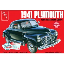 AMT 1941 Plymouth Coupe 1/25 AMT919