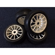 Losi King Pin Tyres Fitted on White Multi-Spoke Wheels (4)