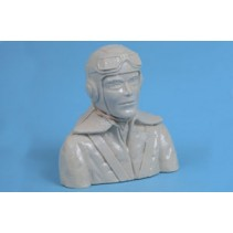 Radio Active WW2 Pilot Bust - 1:6 Scale ..
